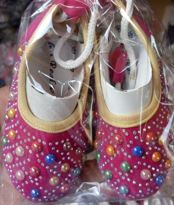 New born baby footwear shoes