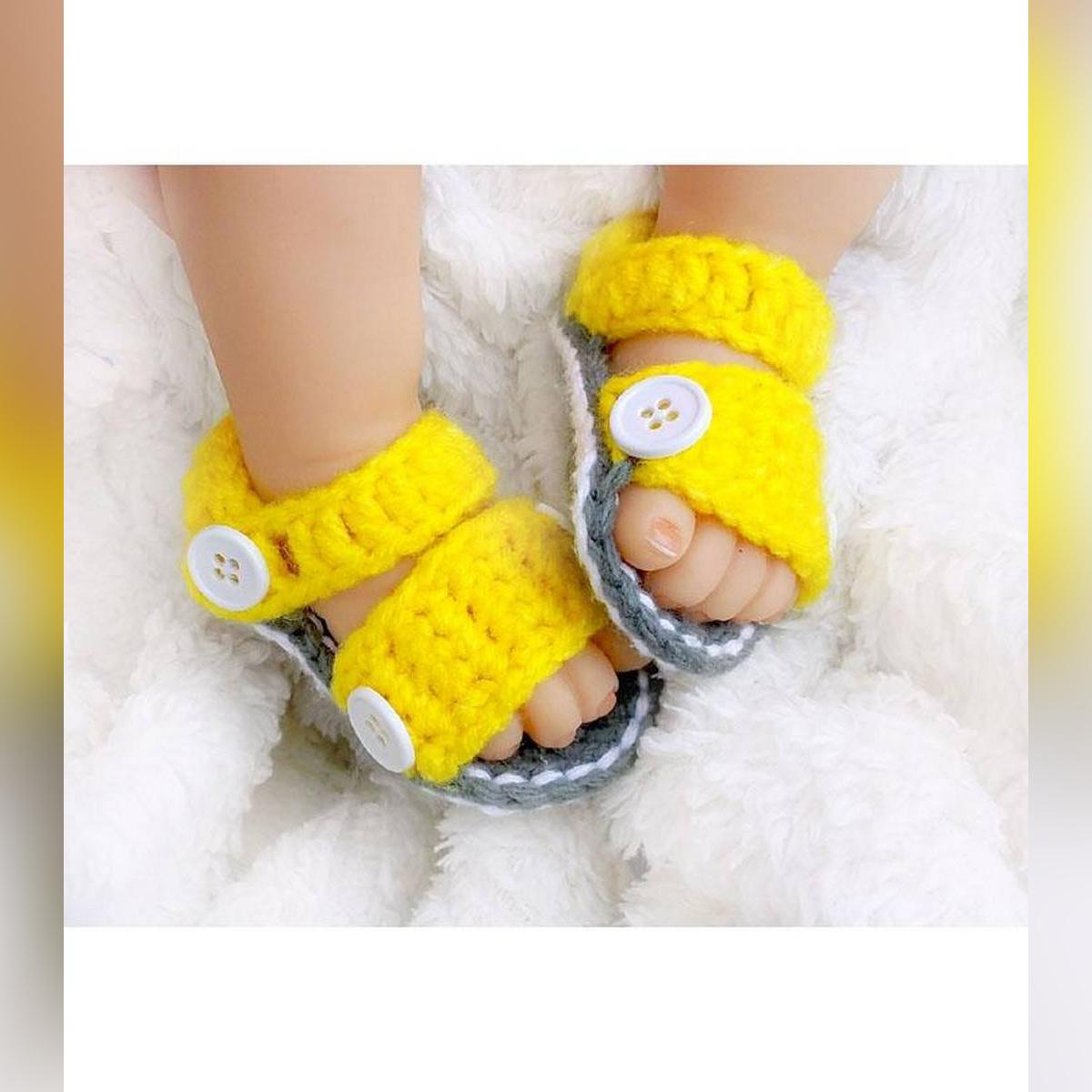 Button Style Woolen Handmade Crochet Baby Summer Sandal