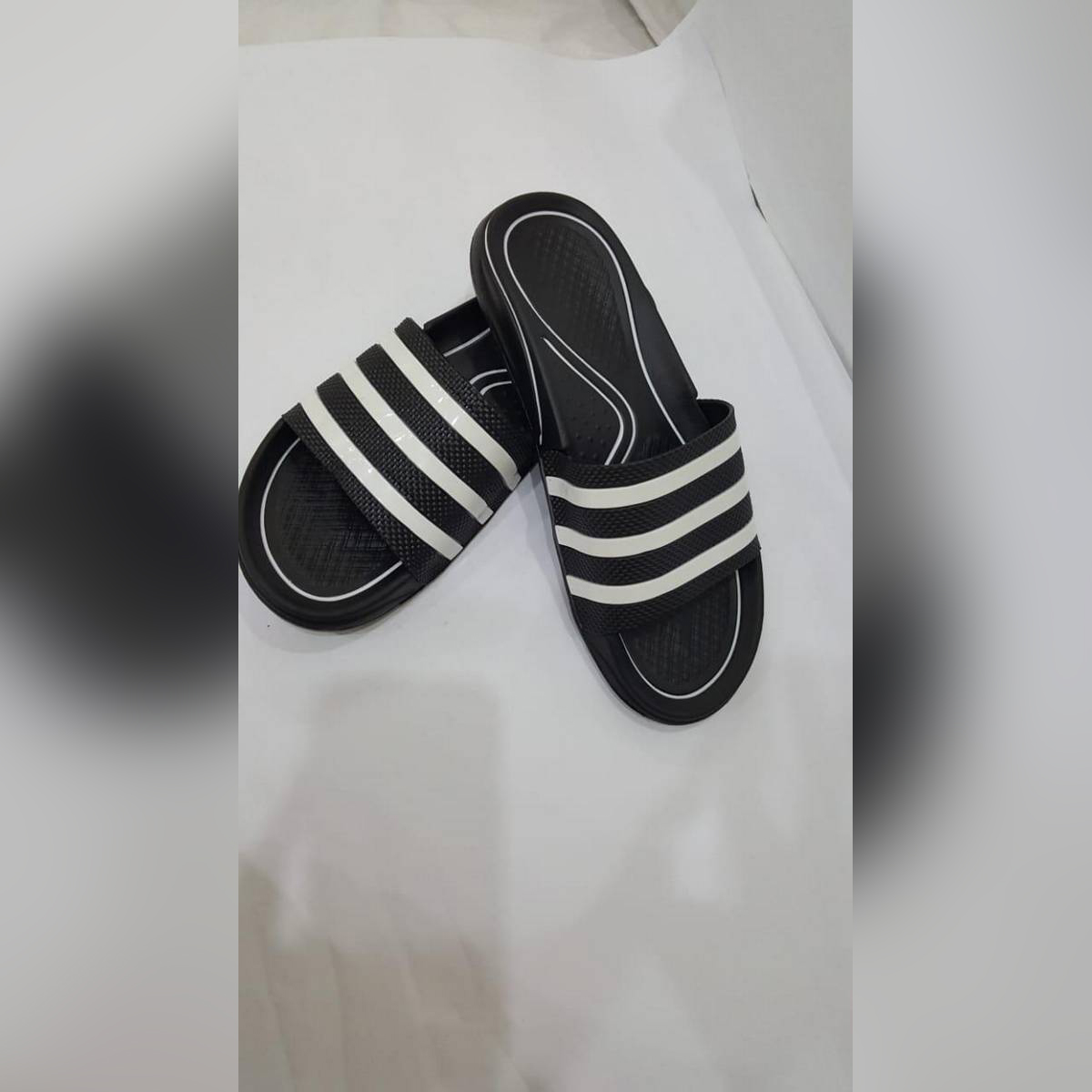 ATTAMAA CASUAL CHAPPAL FOR MEN FLIPFLOP BLACK IN COLOUR LATEST DESIGN WITH BEST QUALITY