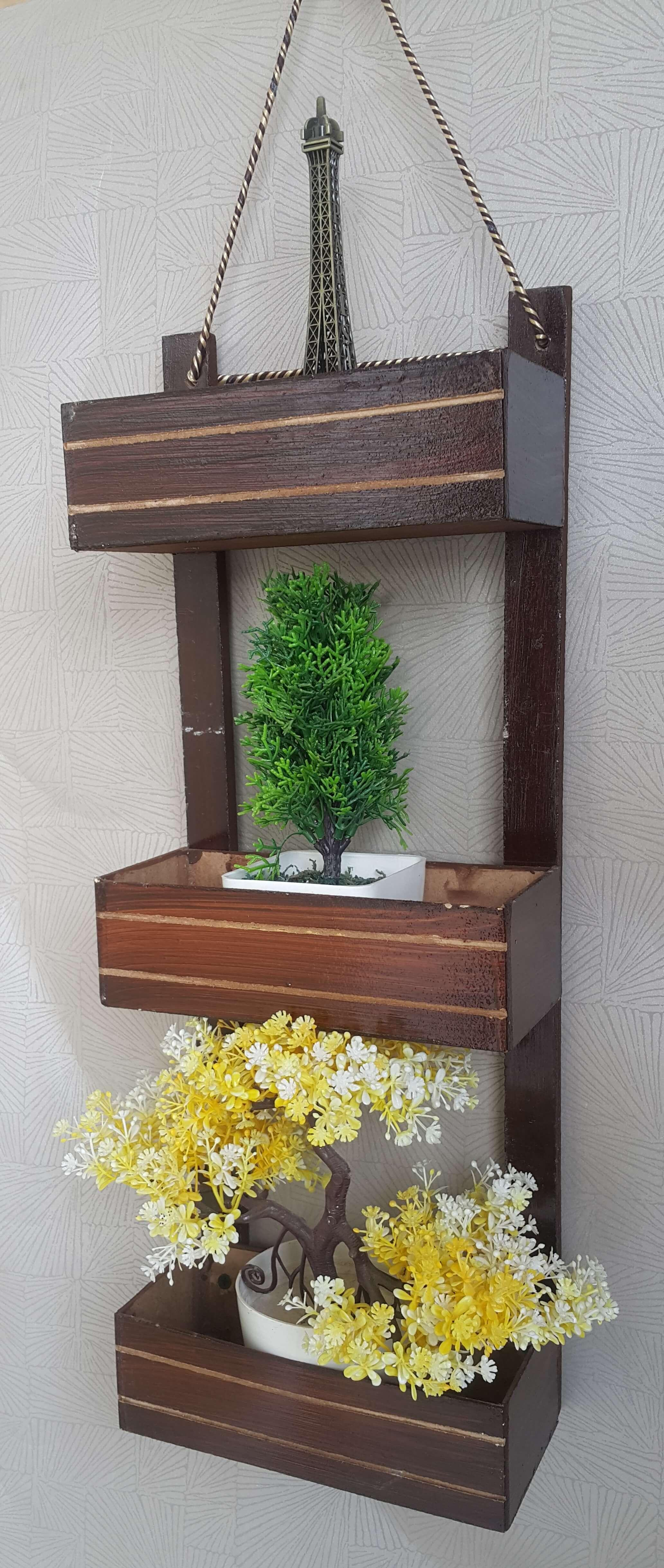 Wall hanging 3 pocket flowers stand