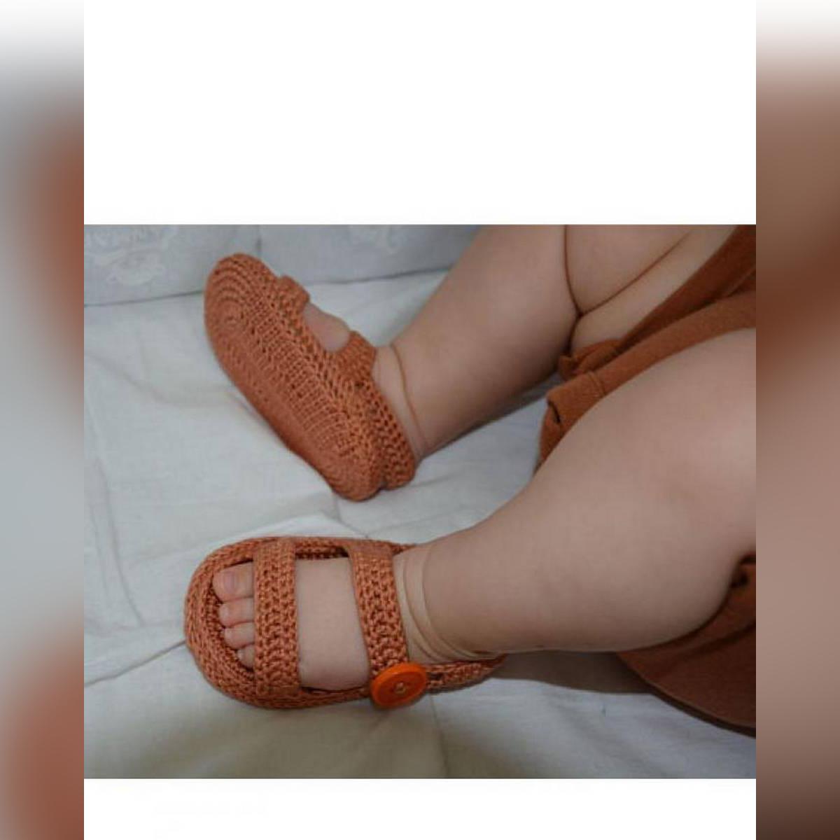 Mature Look Woolen Handmade Crochet Baby Summer Sandal