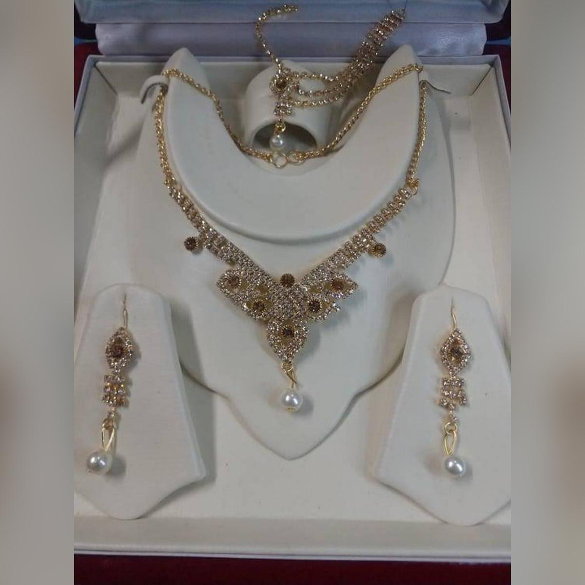 Golden Crystal Girls Jewellery Set For Women Trendy Fashion