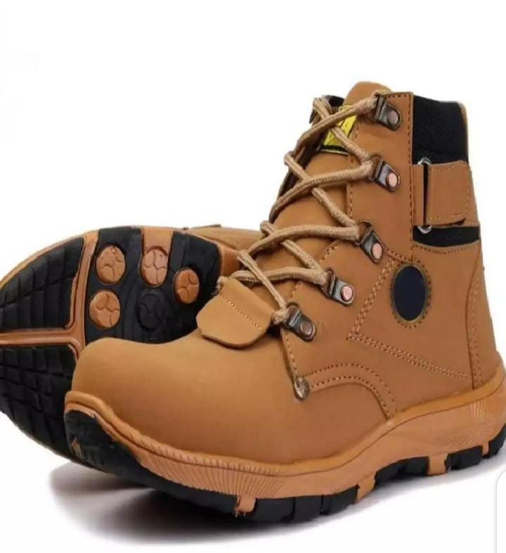 Mens winter boots hot sales new designs best price only 1000/-