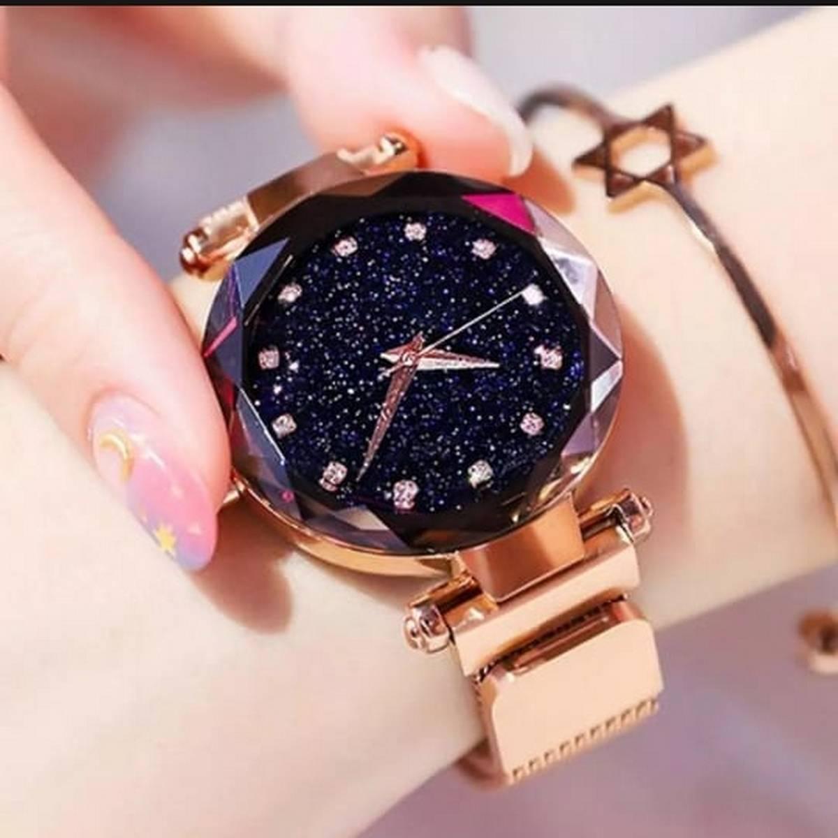 New Generation Ladies Quartz Watch Magnetic Buckle Wristwatch Fashion Starry Sky Magnetic Mesh Strap Chain Glass Mirror Girl Clock