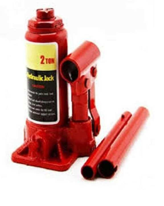 2 Ton Hydraulic Bottle Jack For Car, Jeep & Heavy Items - Red