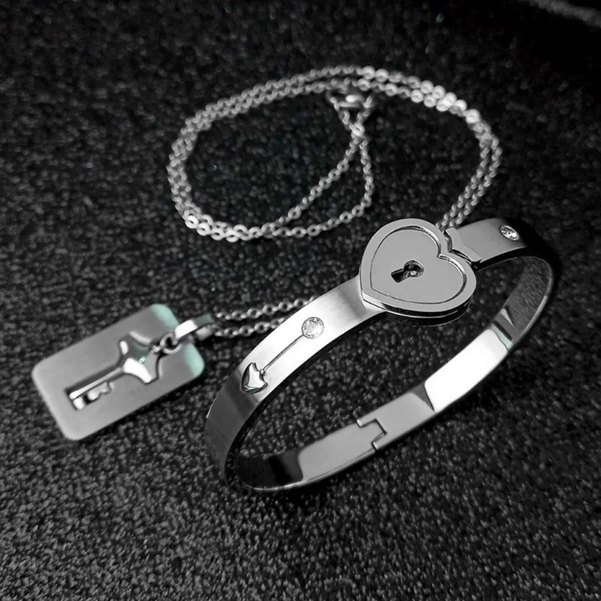 Lover's Key pendantSteel Women Men couple Bangle Gift For Lovers Romantic Lock Link Chain Bracelets