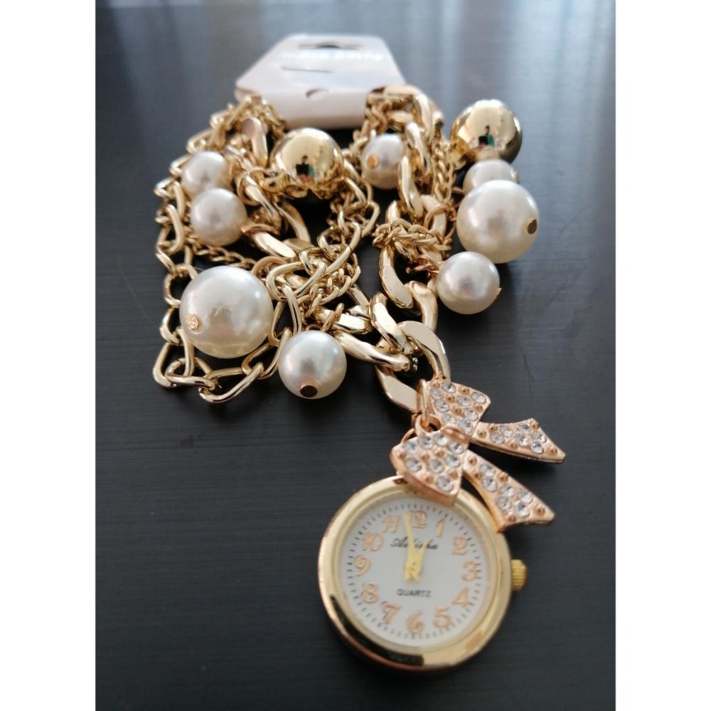 Stylish Luxury Pearls Bracelet Women's Wrist Watch
