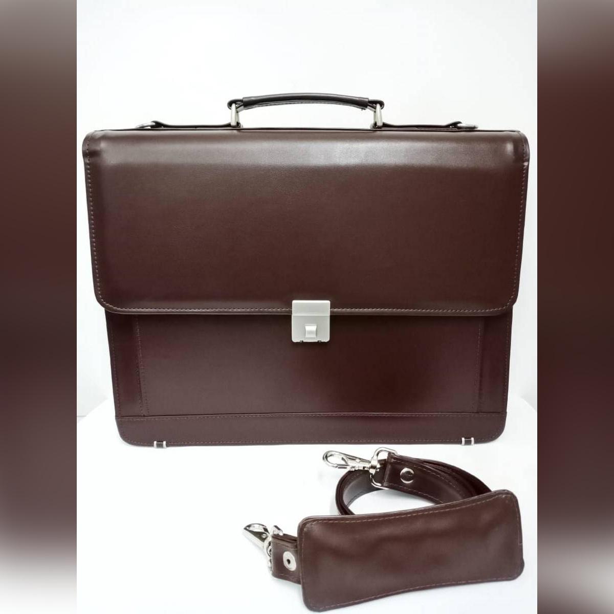 Smart leather bag (PU) / leather men's bag / spacious bag / men office bag / travel bag / lock bag / luggage bag /shoulder bag / briefcase bag / anti-theft bag / big bag / laptop bag / business bag / executive PU leather bag / file bag/ document bag