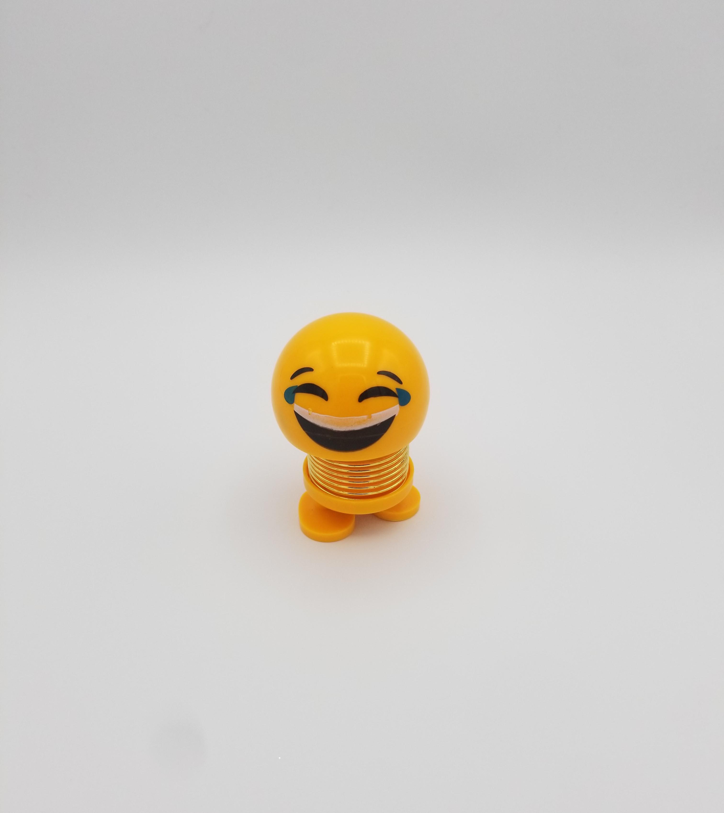 Joy Emoji Spring Shaking Head Cute Bouncing Toy Faces For Car Dashboard