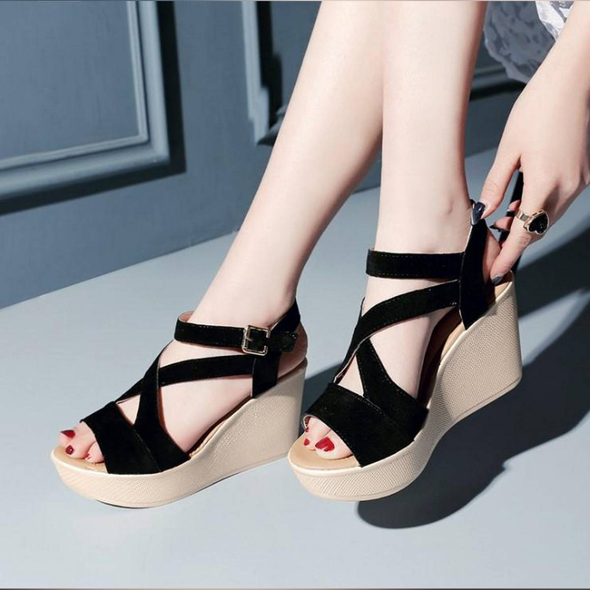OPEN TO RETRO HIGH WEDGE SANDALS