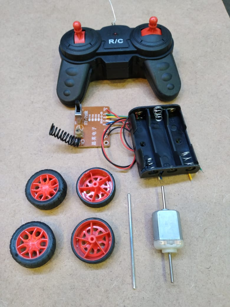 Remote Control RC Car Educational Kit with 27mhz Remote Transmitter Reciever