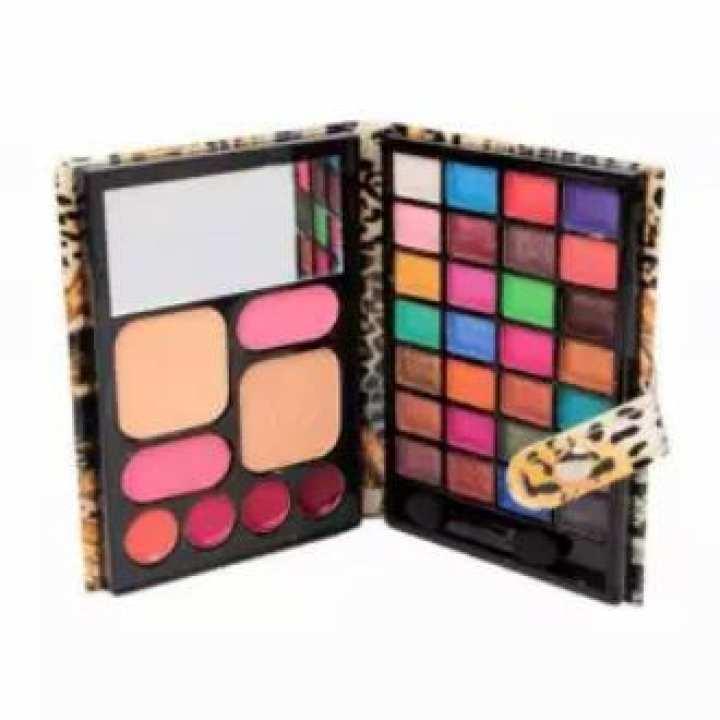 Travel Complete Make-Up Kit