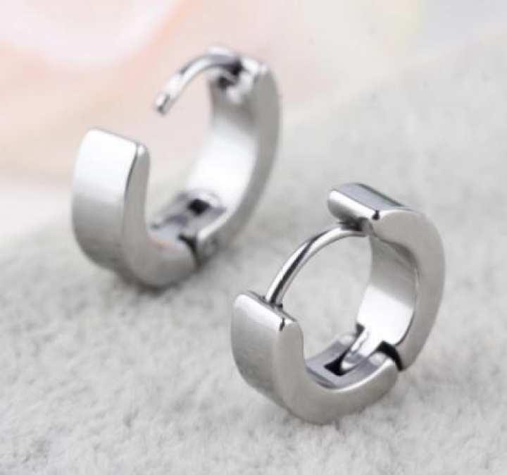 Ear ring for men