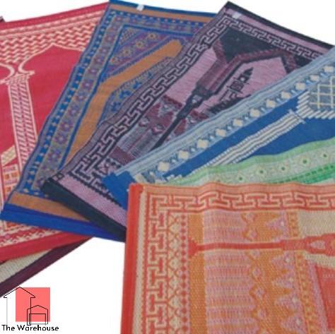 Plastic Namaz Prayer Mat Chatai Jai Namaz (2.5 Fet 4 Feet)