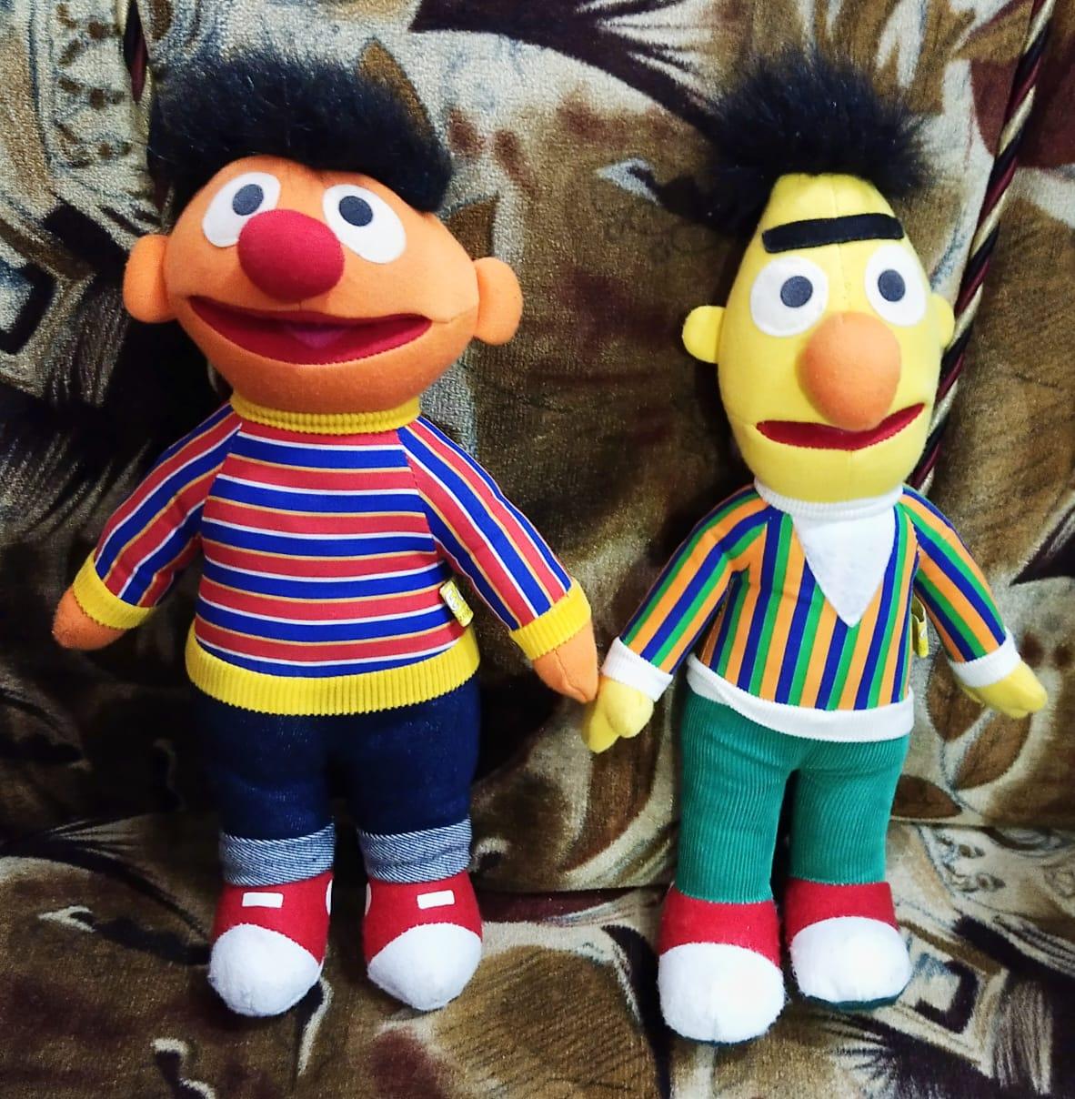 Sesame Street Ernie and Bert Plush Toys Pack 2