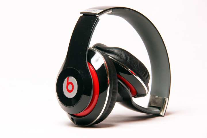 Beats Bluetooth Wireless Studio Headphone Tm010