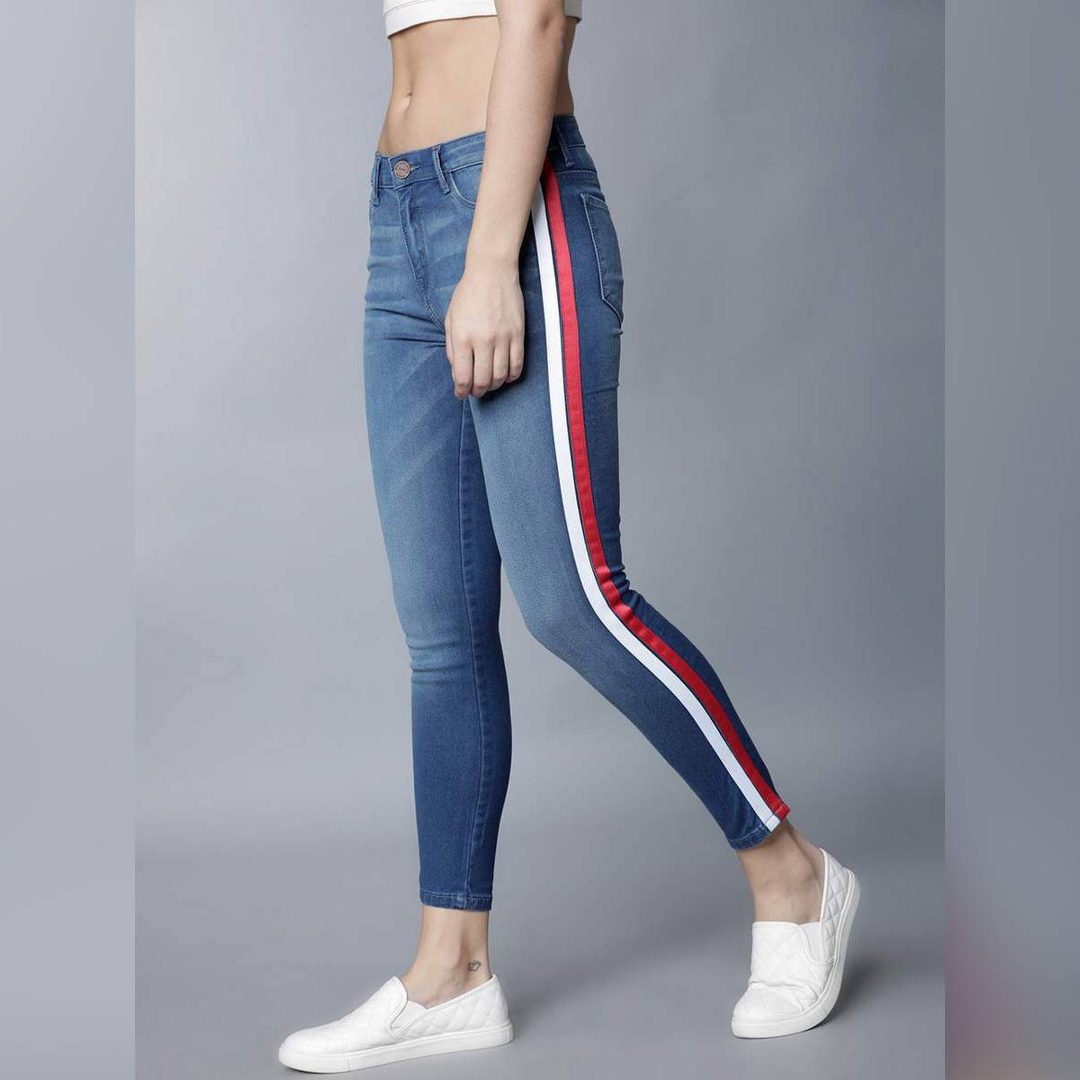 Women Blue Super Skinny Striped Fit Mid-Rise Clean Look Stretchable Jeans
