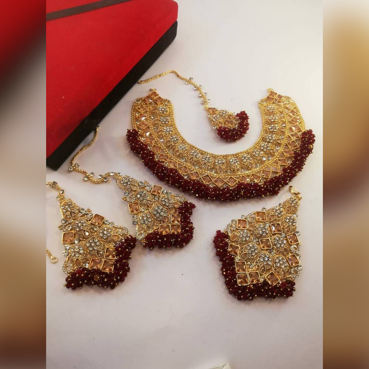 Red Manjous Bridal Jewellery Set for Her
