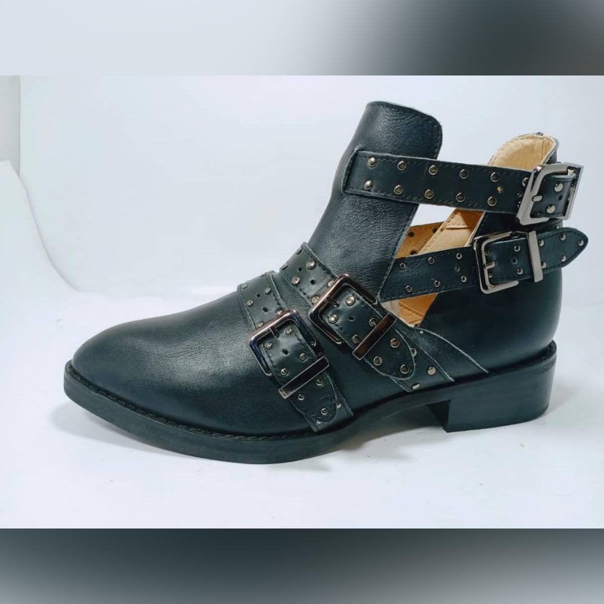 37 size flat stylish design boots