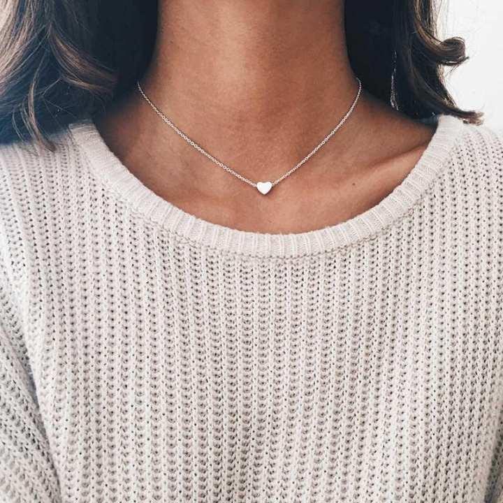 Darojay Delicate Heart Pendant-Love Heart Pendant/ Necklace Simple Round Neck Jewelry