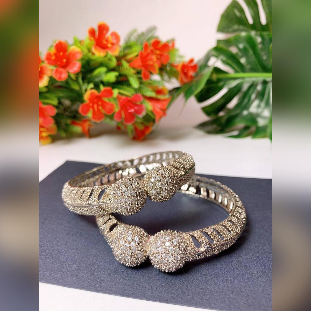 Bangles - Set of 2 pieces - fine Quality bangles – Jewelry- New design - Stylish Set - Wedding Jeweller- jewllery for girl woman - Budget to gift - Bangles For Girls - Anosheys studio