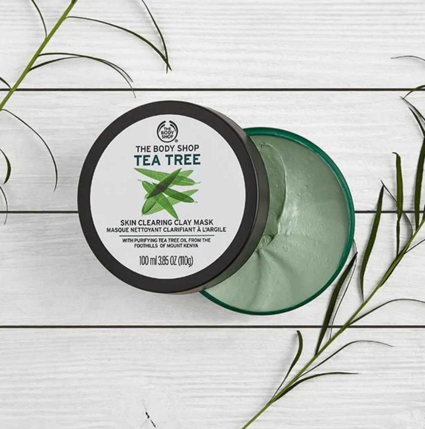 The Body Shop Tea Tree Skin Clearing Clay Mask-1