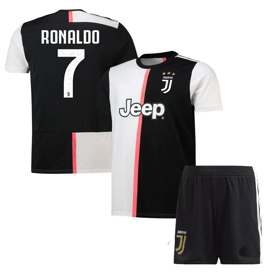 timeless design a10c2 01ab4 Kids Boys Juventus Cristiano Ronaldo 2019-20 Home Shirt & Short Kit