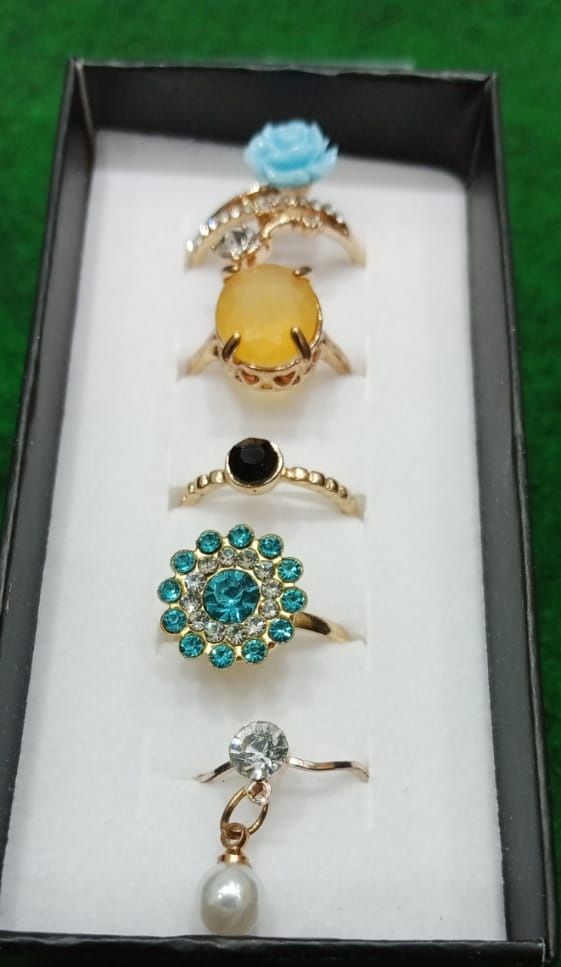 5 Pieces Rings/Set High Quality Combination Rings For Girls & Women