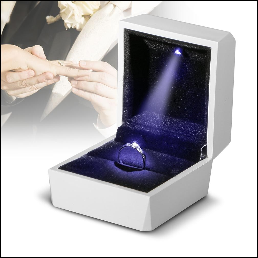 Silver Shiny  LED Light Ring Box  for Proposal Engagement Jewelry Displaying Gift Holder Box Packaging