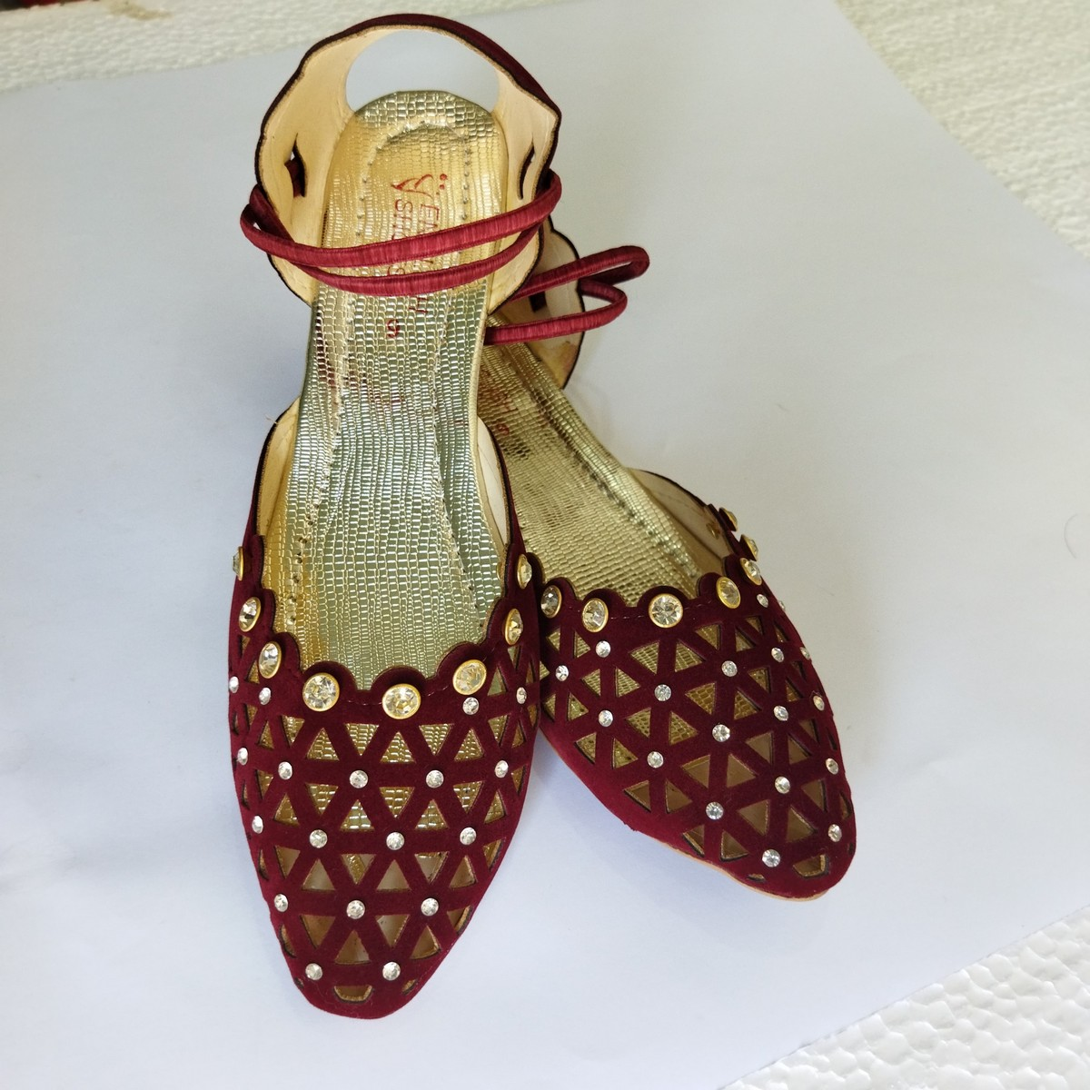 maroon color sandal for women and grils