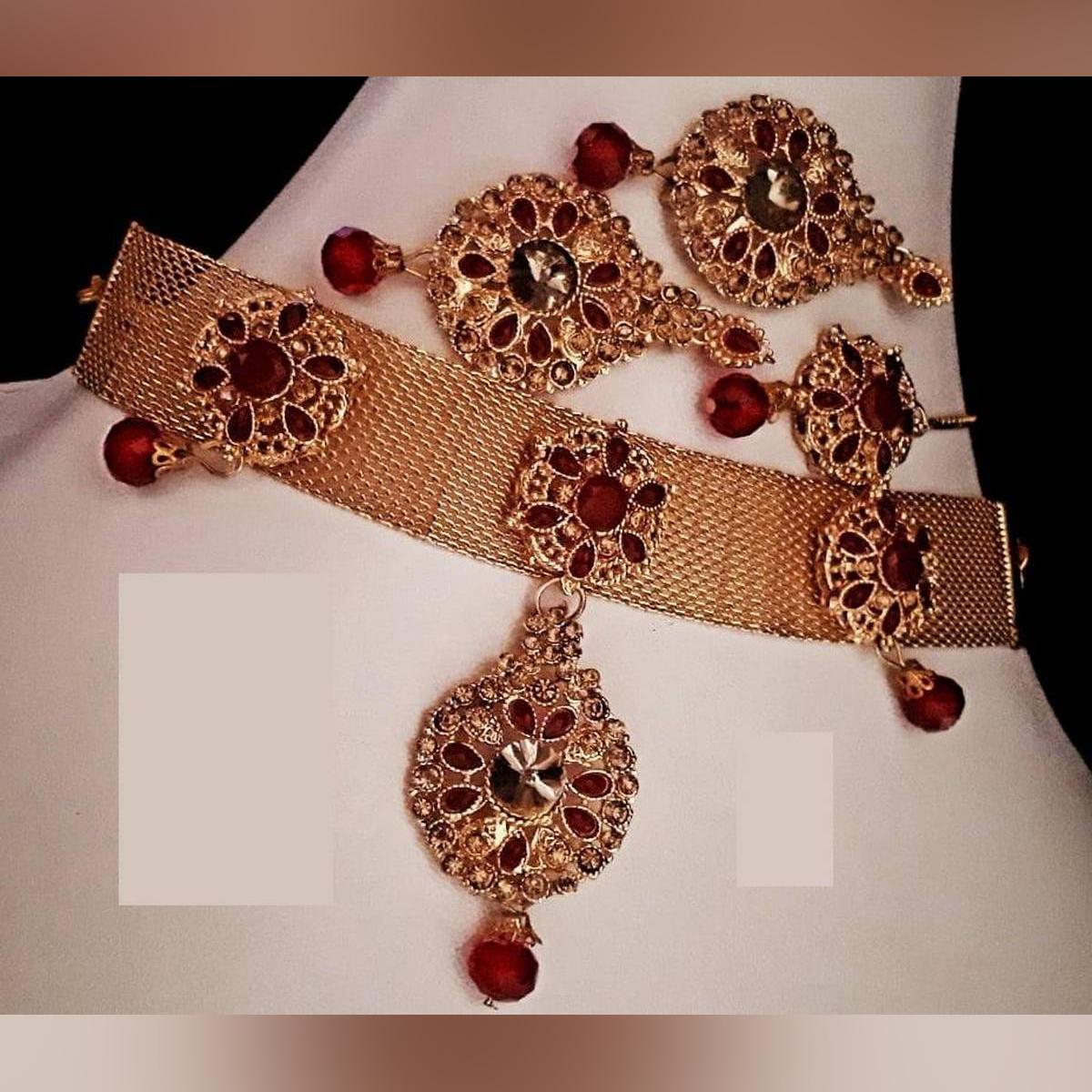 Golden Set with Tikka & Earrings