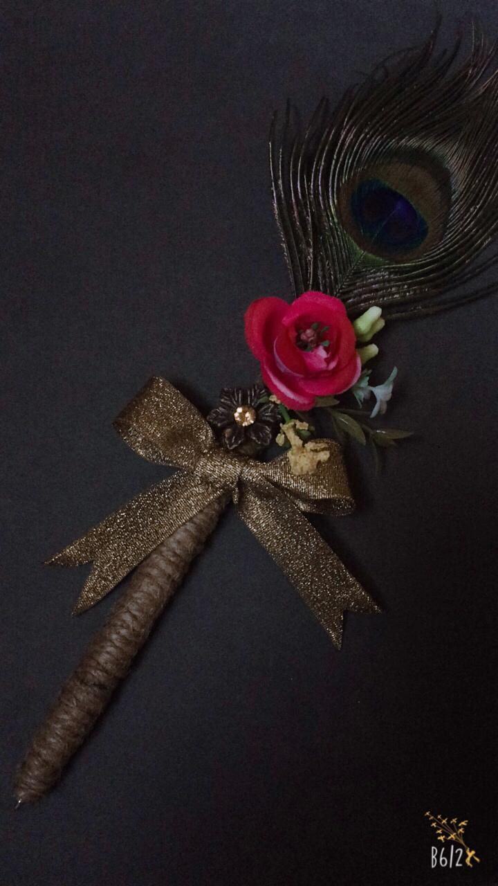 1a35b3b537f SIGNATURE NIKKAH BRIDAL PEACOCK FEATHER FANCY CUSTOM DECORATED GEL PEN FOR  BRIDE AND GROOM GIFT