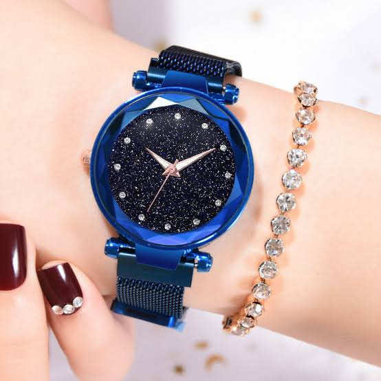 New Luxurious Looking 2021 Magnet Buckle Starry sky Quartz Watches For Girls & Women - Magnetic Chain Belt
