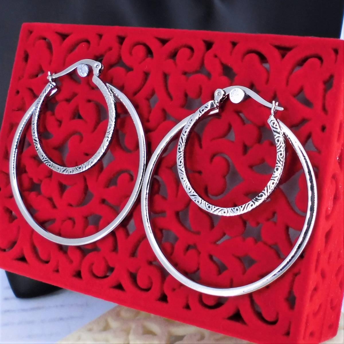 Fashionable stylish design metal hoop earrings