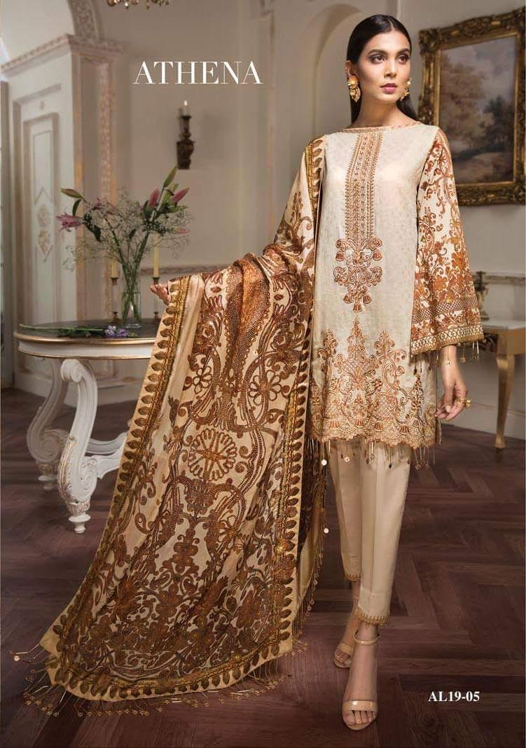 Buy Women's Pakistani Dresses & Traditional Clothing Online