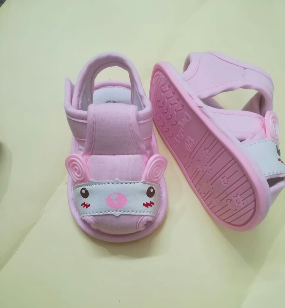 Imported quality footwear for your little one, comfortable and durable with rubber sole ...This will protect your baby's feet effectively. Unique design will make your baby adorable.