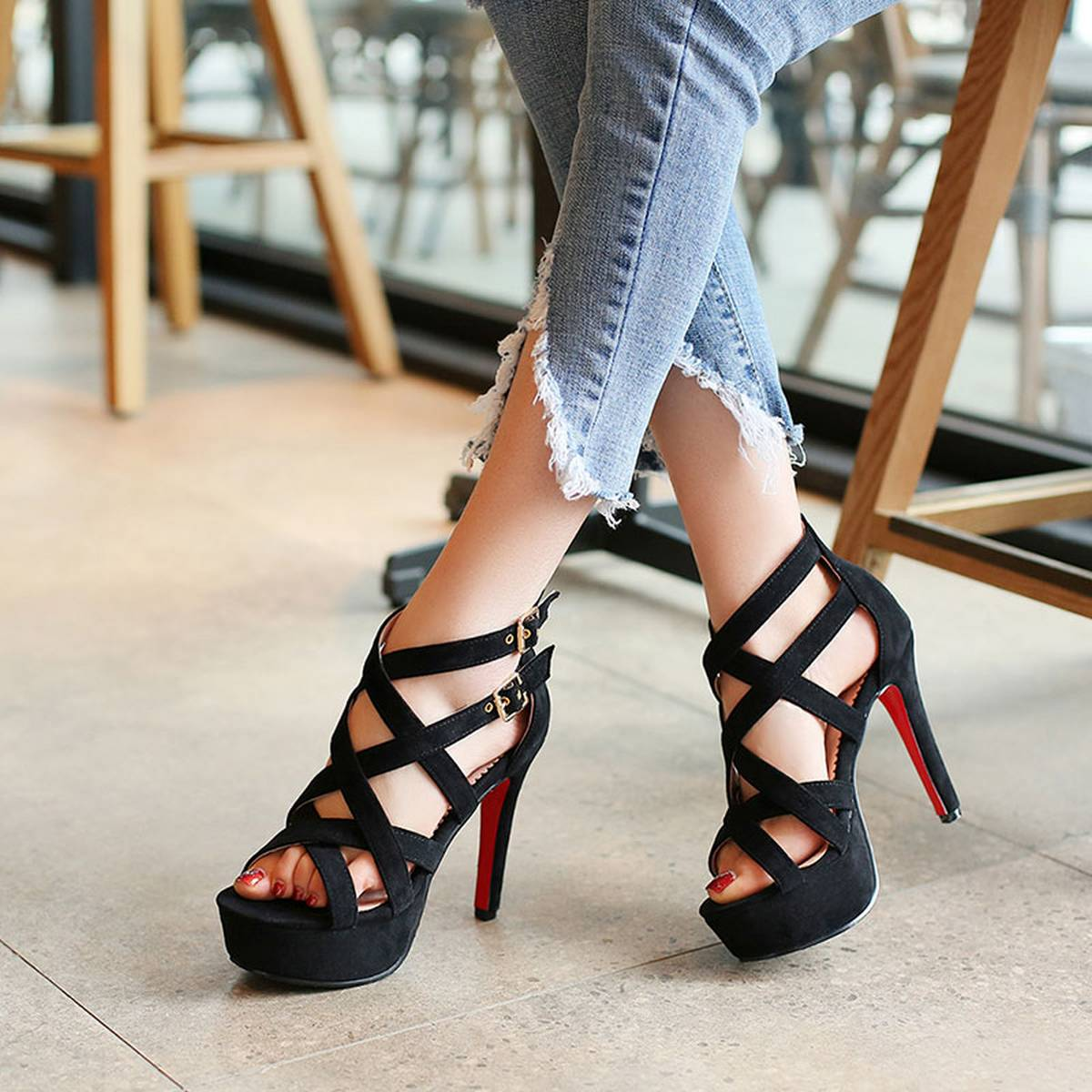 New style fashionable sandals, black cross buckle shoes, high heel sandals