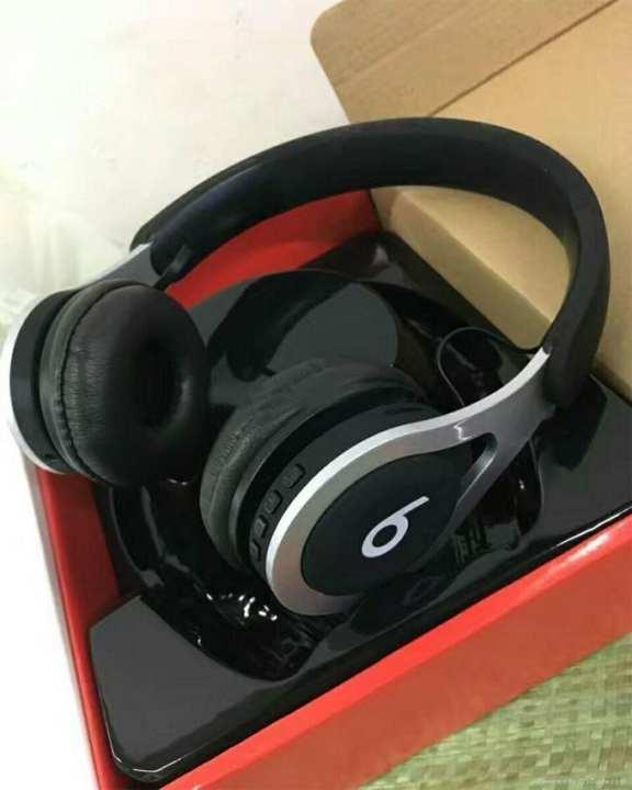 Beats TM-030 Bluetooth Headphone - Black