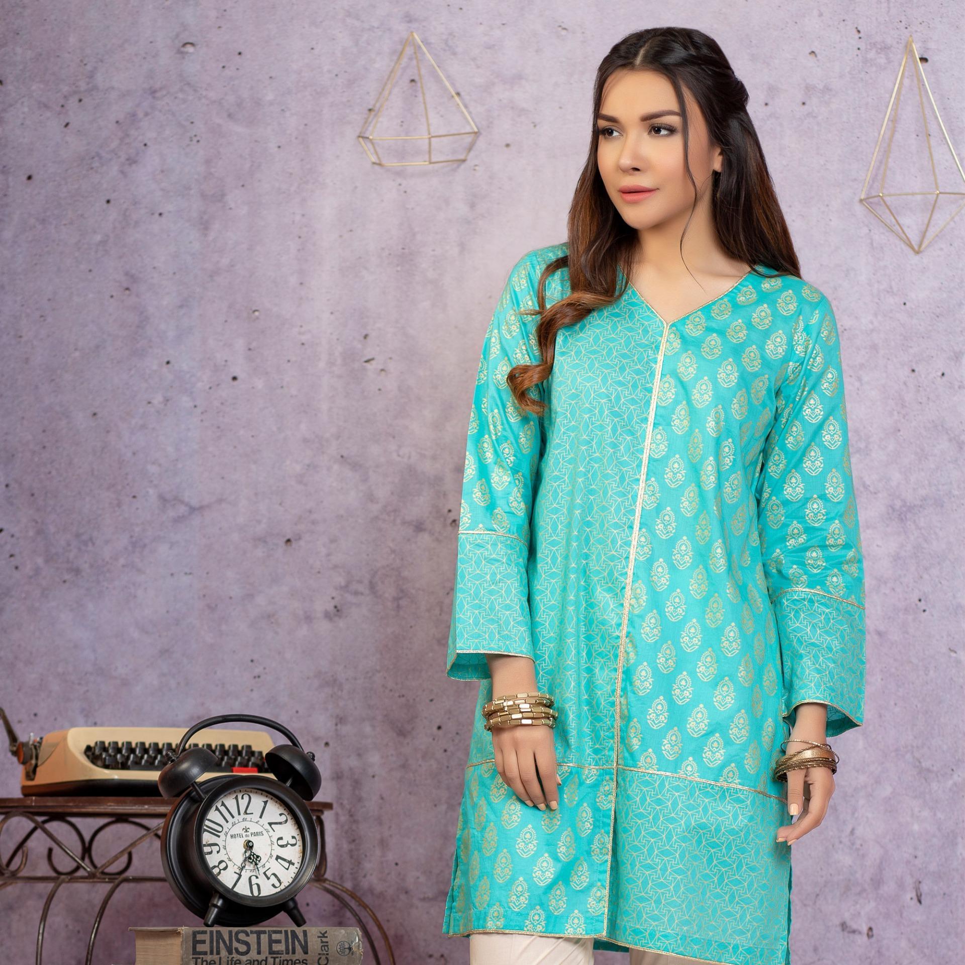 """Lsm Fabrics Screen print Kurti Collection  Turquoise Cambric Kurti For Women"""