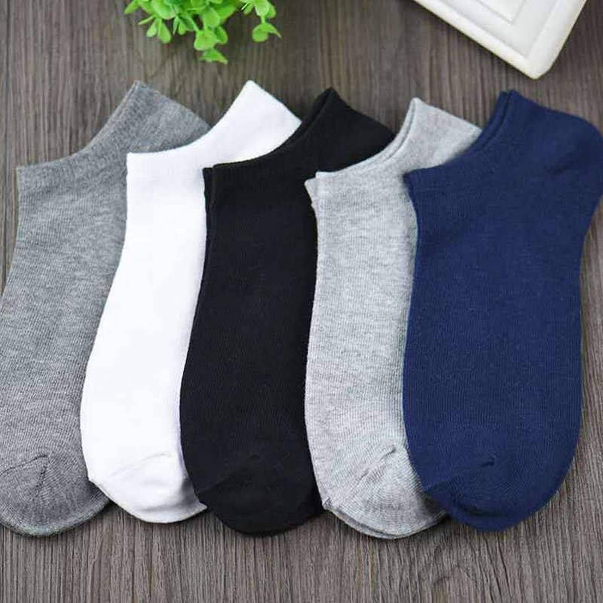 06 Pairs – Exported Ankle Socks for Women