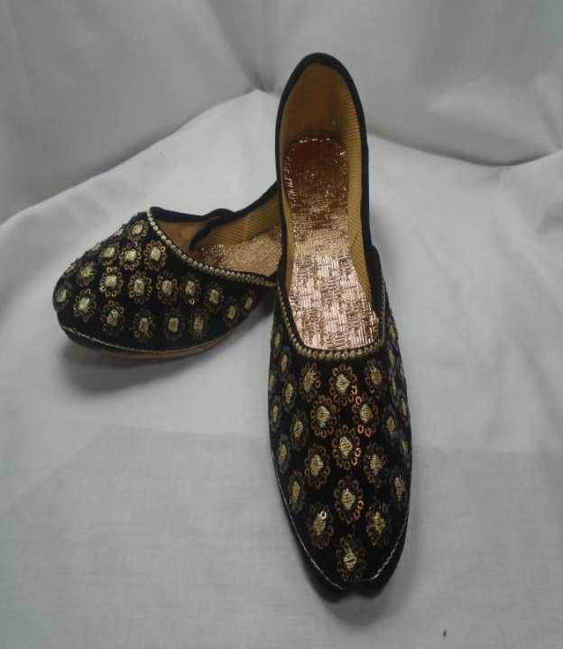 Black Color Fancy Khussa For women 235-50987