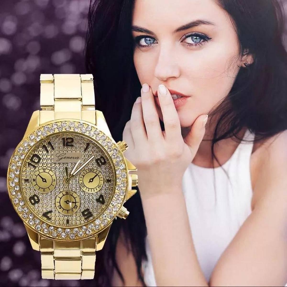 Chronograph Quartz Classic Girl Women Crystals Watch