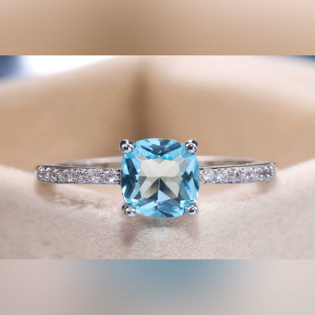 White Gold Plated AAA CZ Cubic Zirconia Diamond Wedding & Engagement Zircon Ring for Girls