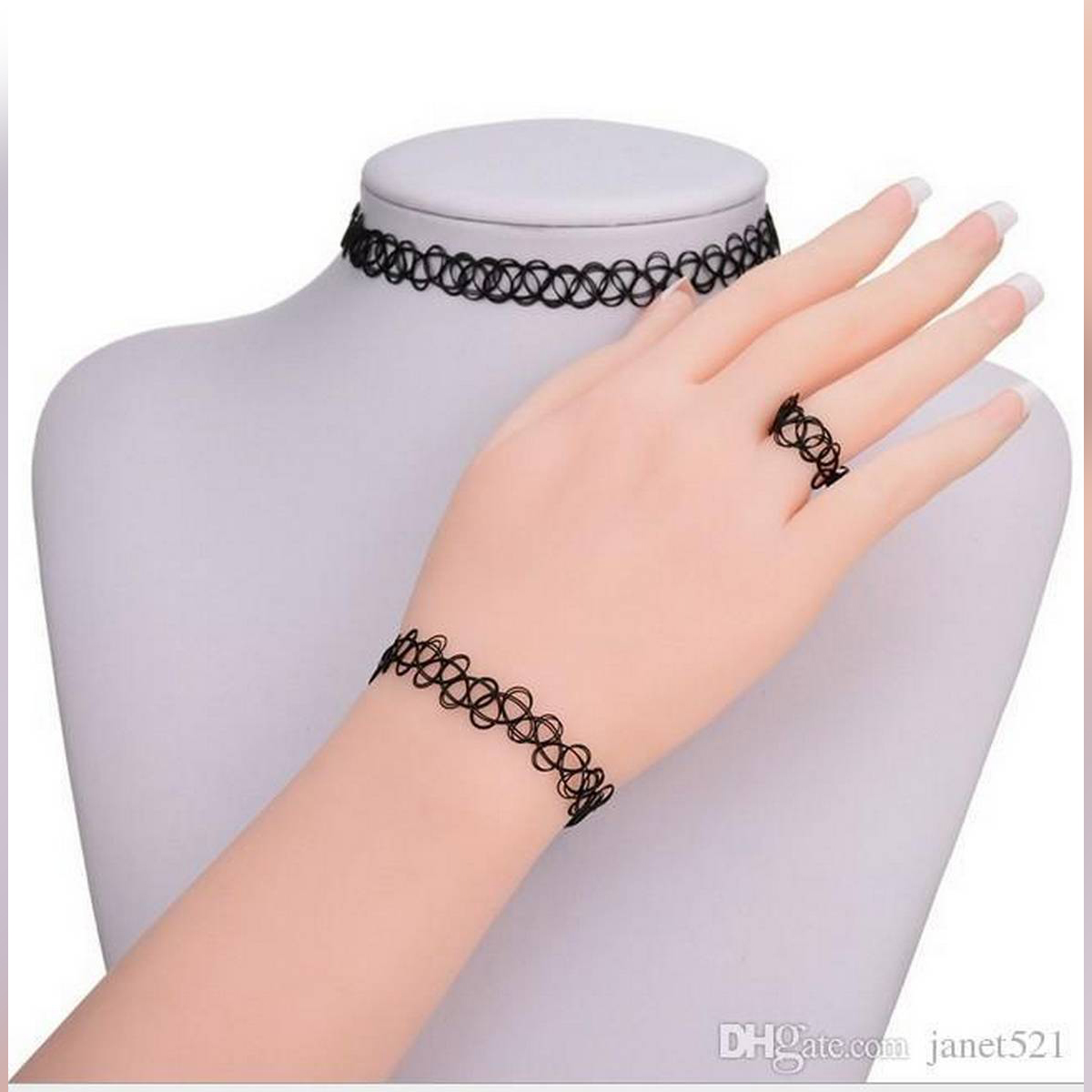 Thickly Intertwined Diamond Chokers - Black -Attractive