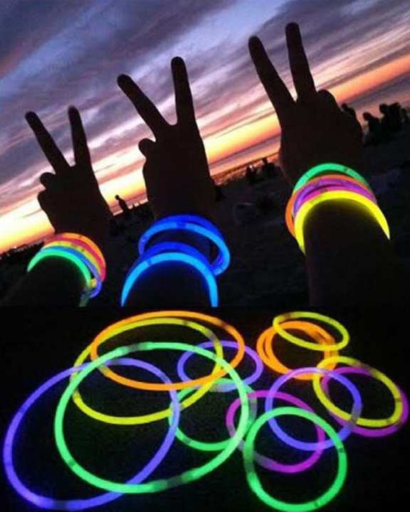 10pcs Fluorescent Ultra Bright Glowing Sticks Bands Bracelet - Multicolor