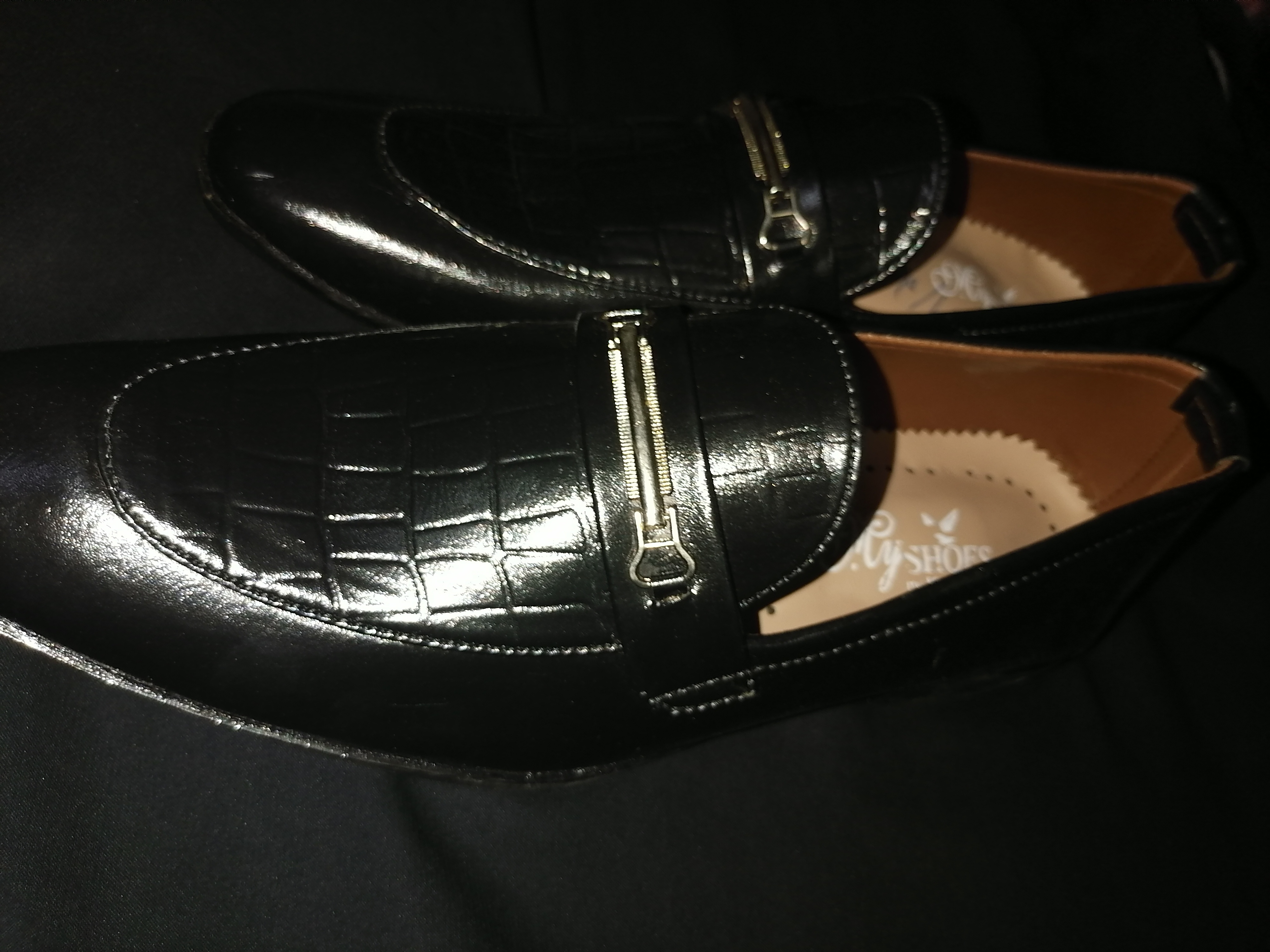 Casual men shoes and party shoes