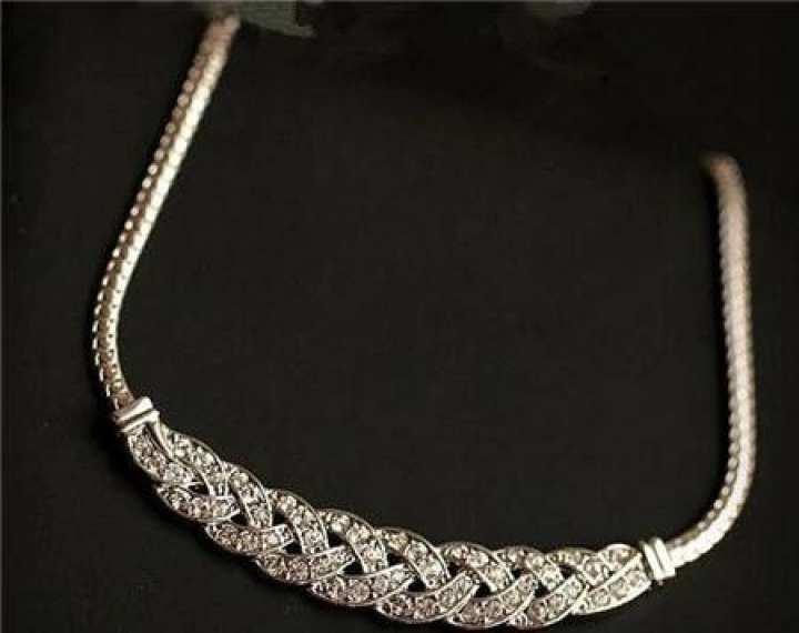 Spiral Costume Choker Chain Pendant Necklace for Women - Female Fashion Jewelry