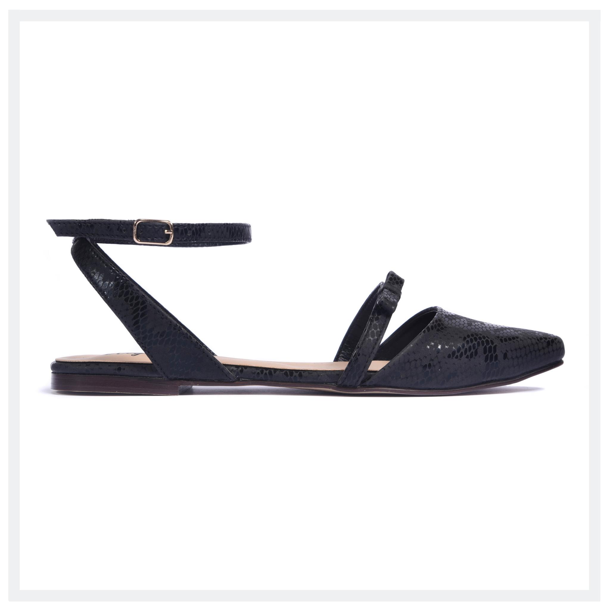 NICHOLES  Women's Flat Bow Pumps  Black  Elegancia