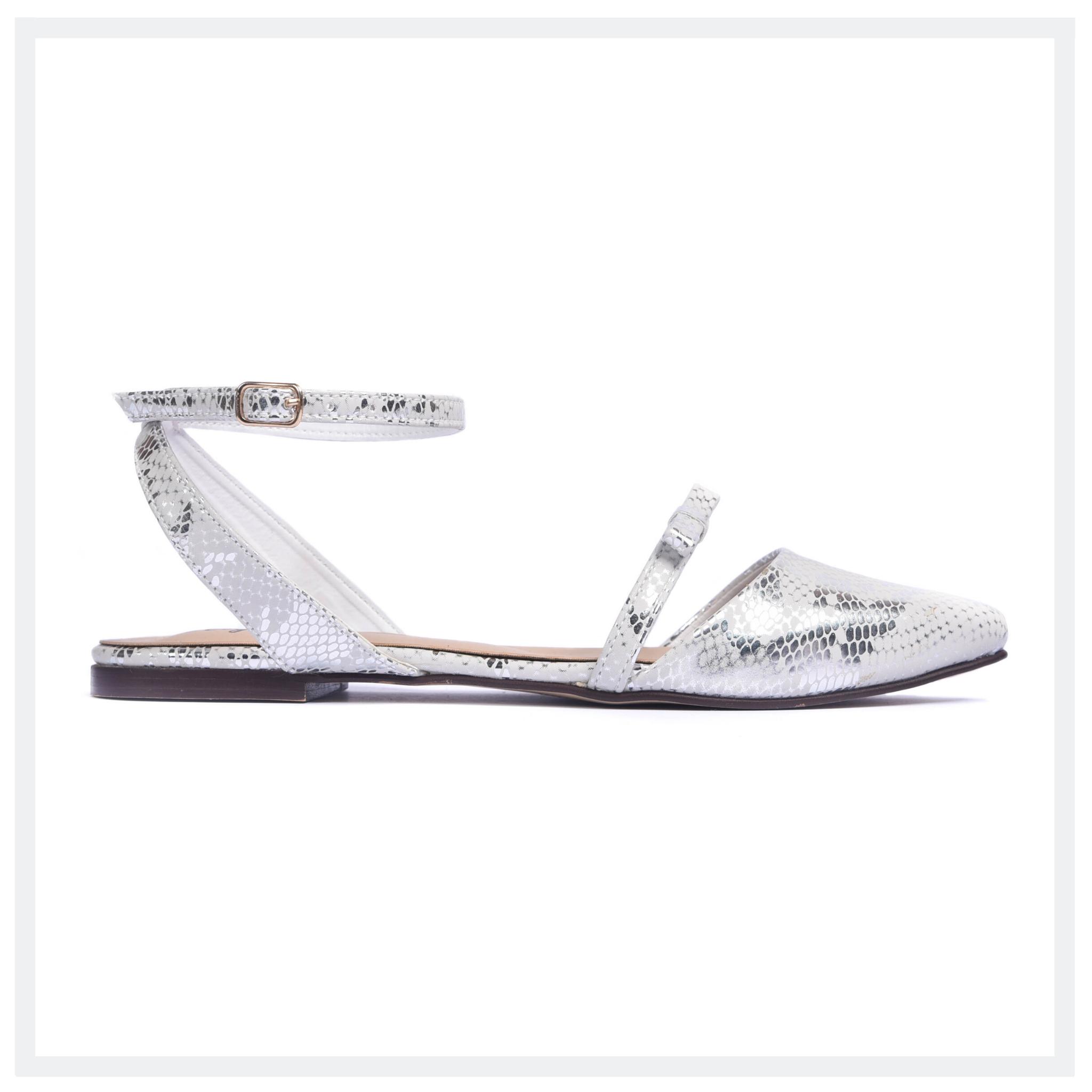 NICHOLES  Women's Flat Bow Pumps  White  Elegancia